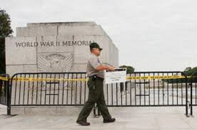 FB.WW II Memorial